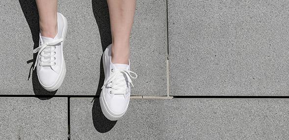 Damen Sneaker Sale auf viele Sneaker Kostenloser Versand
